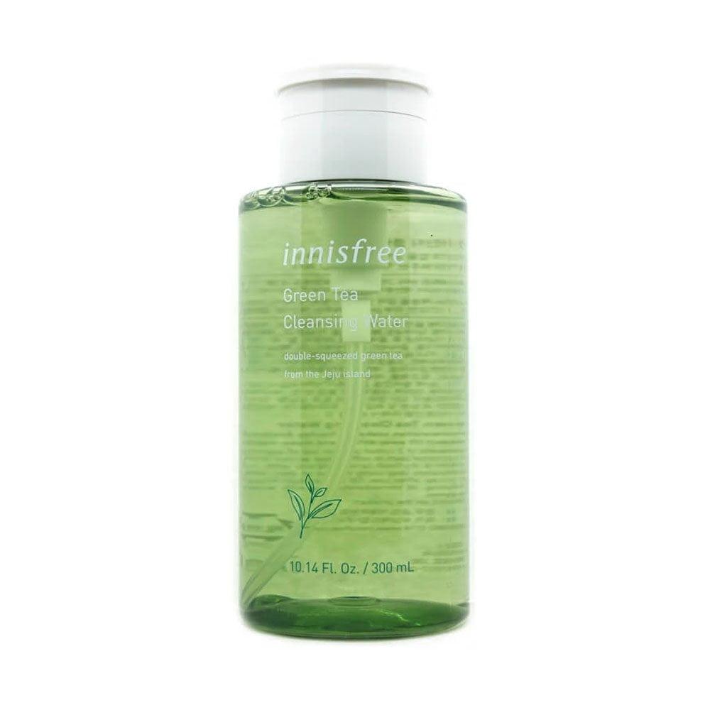 Thương hiệu Innisfree cùng với nước tẩy trang trà xanh từ lâu đã không còn xa lạ với phái đẹp Việt Nam