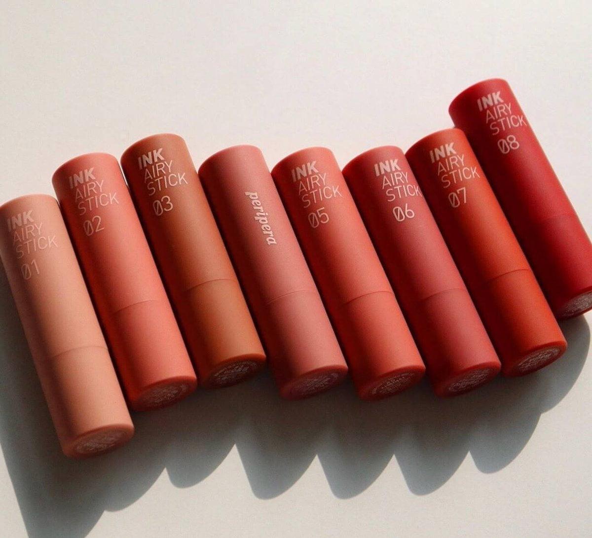 Peripera Ink Airy Stick có được sự ưa thích của các nàng từ cái nhìn đầu tiên bởi vẻ ngoài xinh xắn