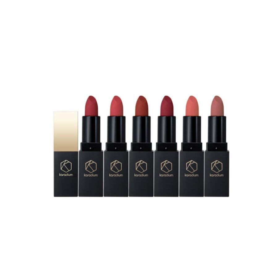 Son thỏi lì Hàn Quốc thuộc lipstick brand Karadium với vẻ ngoài sang chảnh và màu sắc đa dạng